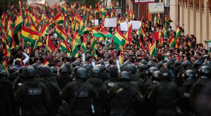 PODCAST RÁDIO GEOGRÁFICA: atualidades sobre a crise na bolívia