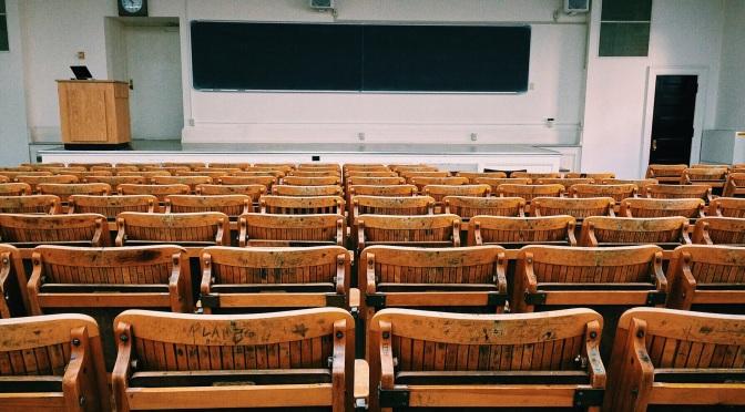 Grupos de estudos no classroom: atualidades, enem, vestibulares
